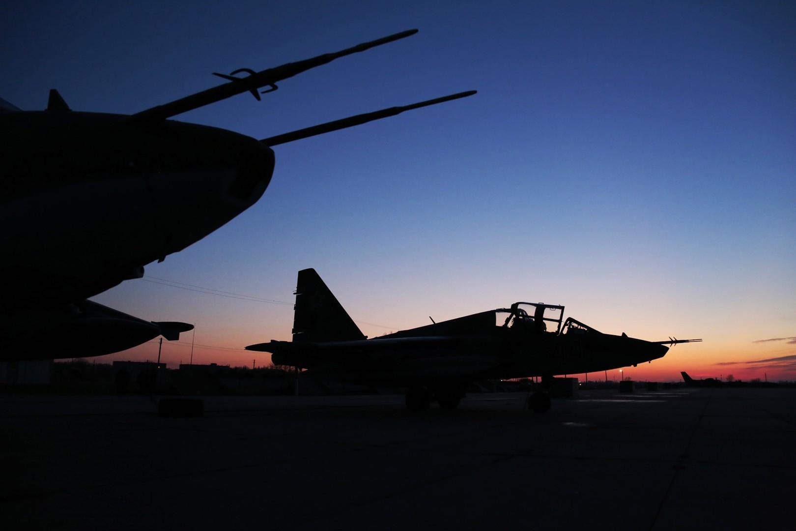 طائرات روسية في قاعدة حميميم بسوريا