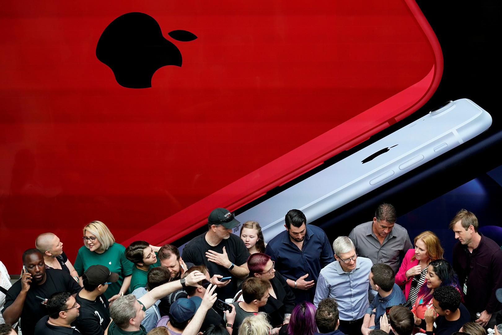 هبوط سهم  Apple  بفعل التوترات التجارية  -
