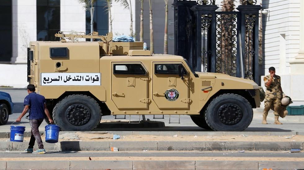 الأمن المصري يقتل 12 متشددا من  الإخوان المسلمين  -