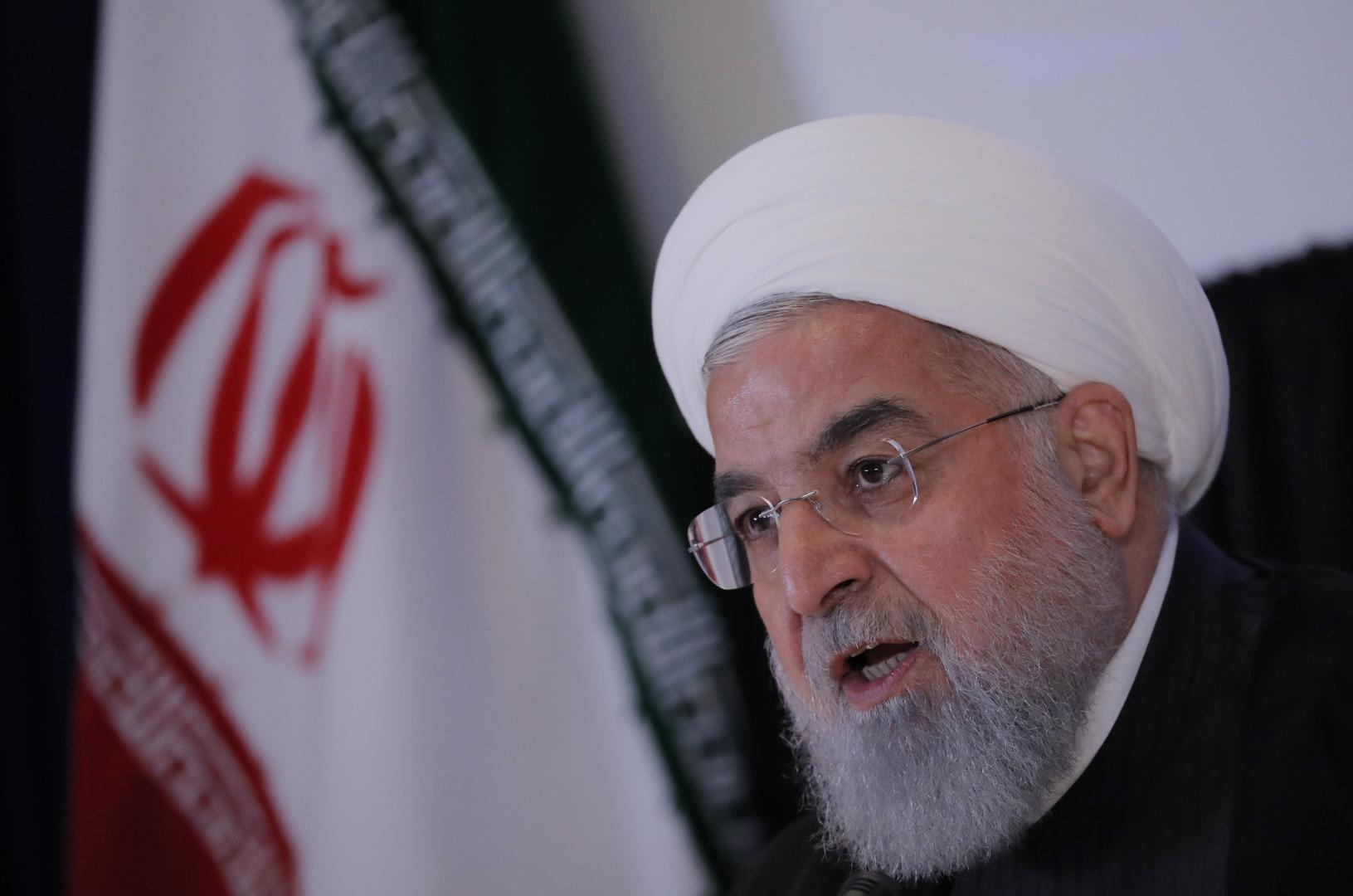 روحاني: لست موافقا على التفاوض مع أمريكا حاليا والظروف الحالية للمقاومة والصمود