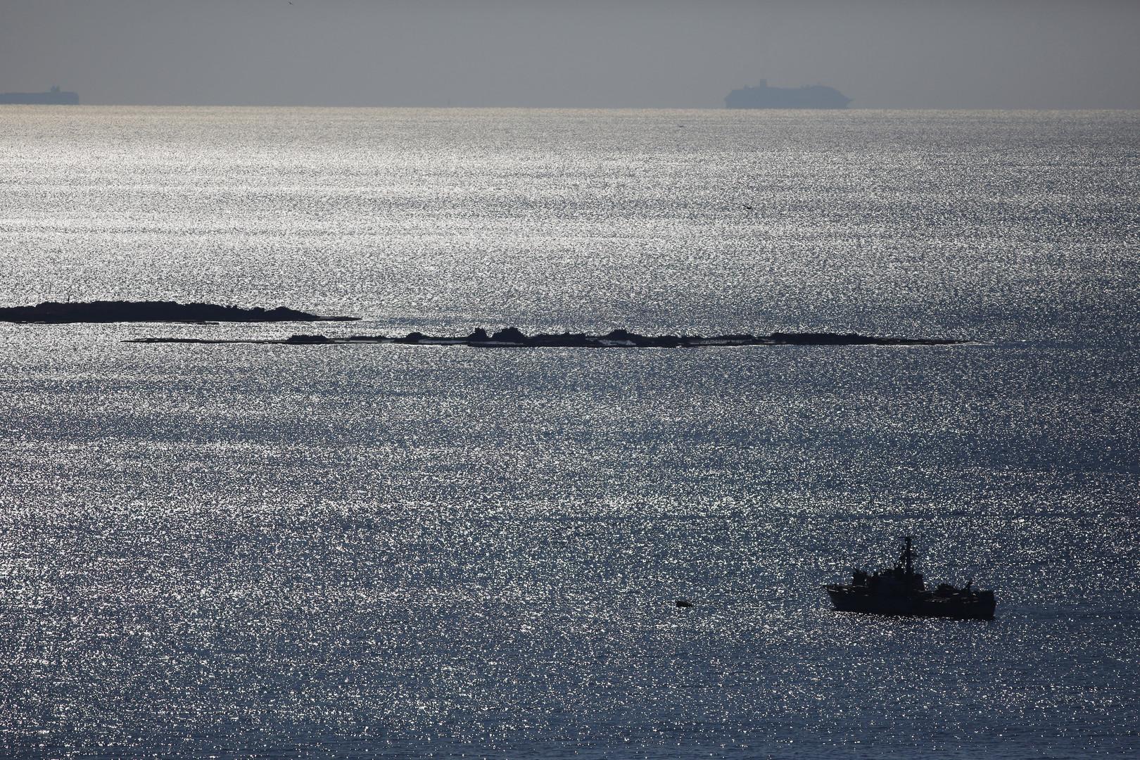 سفينة إسرائيلية في البحر الأبيض المتوسط قرب مياه لبنان