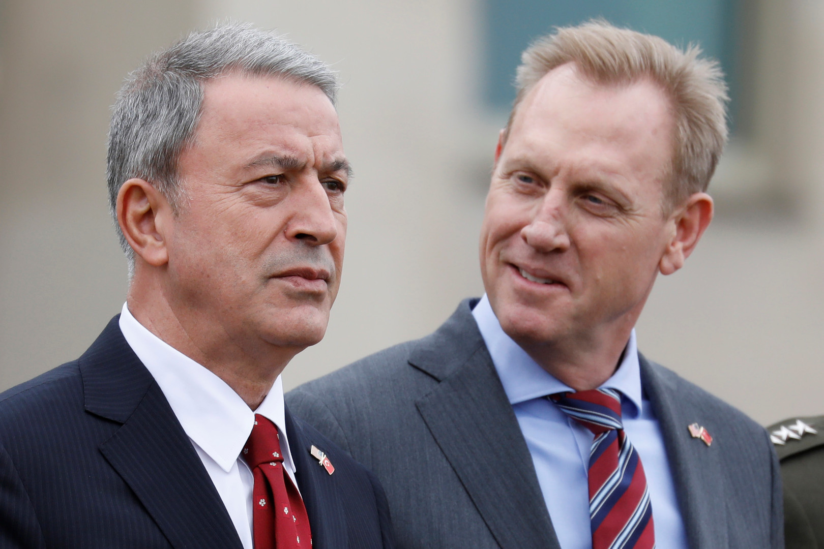 وزير الدفاع التركي خلوصي أكار والقائم بأعمال وزير الدفاع الأمريكي باريك شاناهان - أرشيف