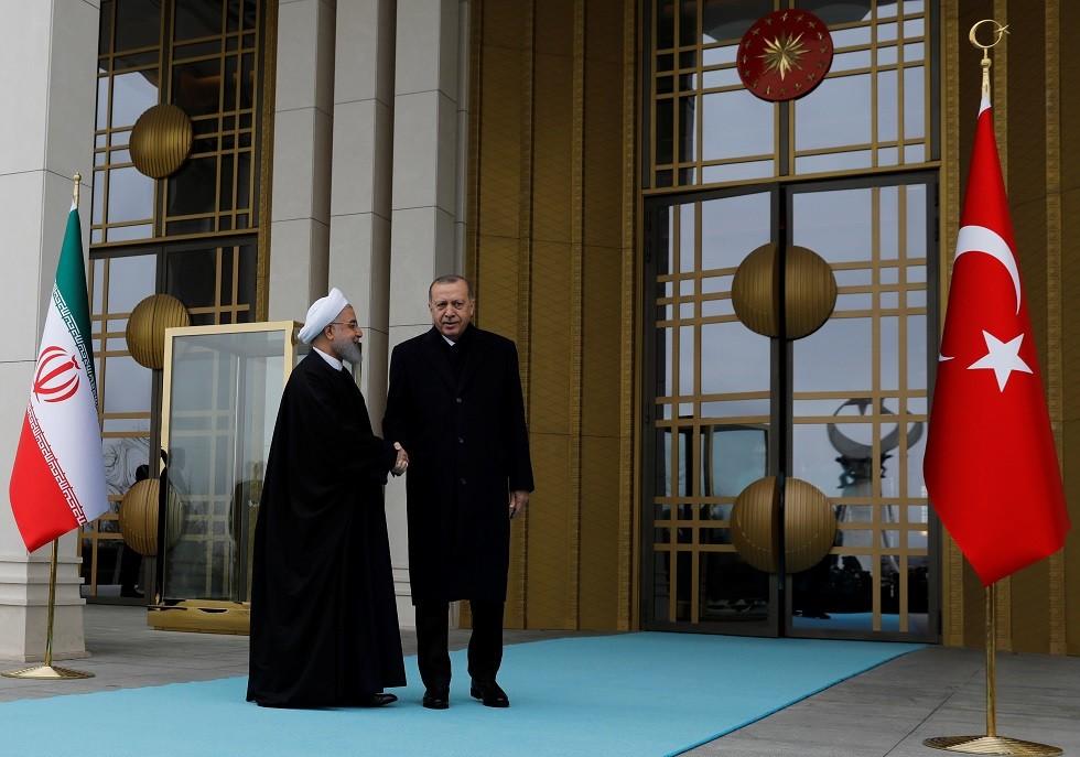 تركيا وإيران تطوقان الدول العربية -
