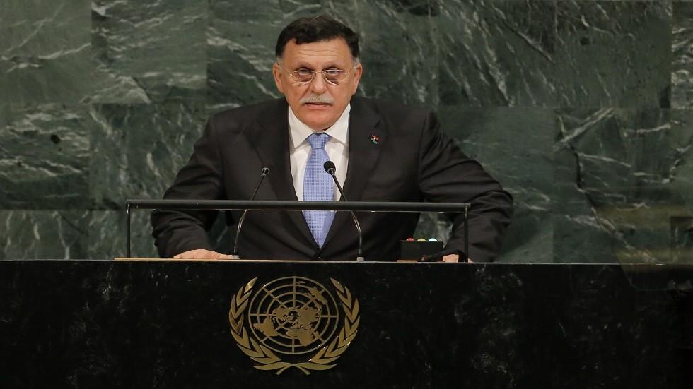 السراج في الجزائر لبحث الأزمة الليبية