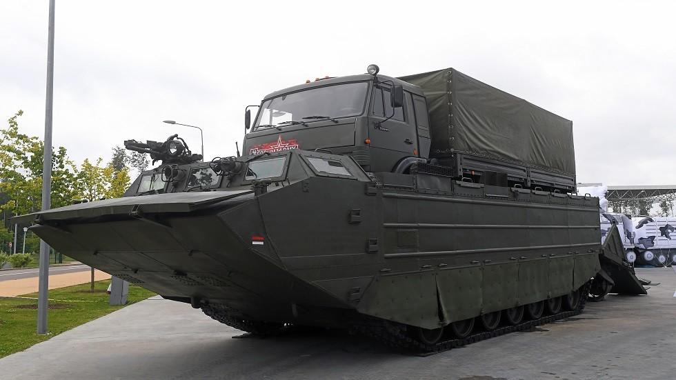إندونيسيا تشتري ناقلات حربية برمائية روسية جديدة
