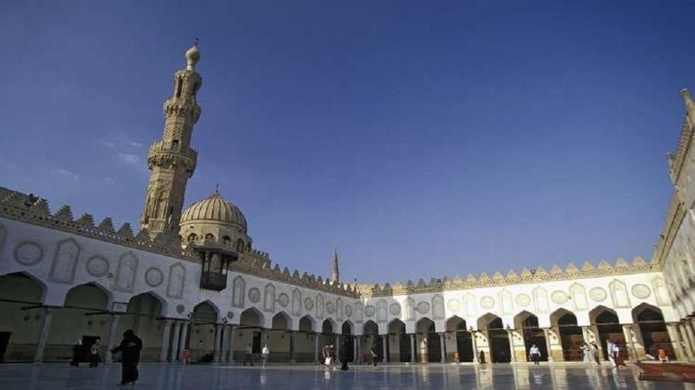الإفتاء المصرية: يجوز تأخير صلاة الظهر بسبب الحر الشديد