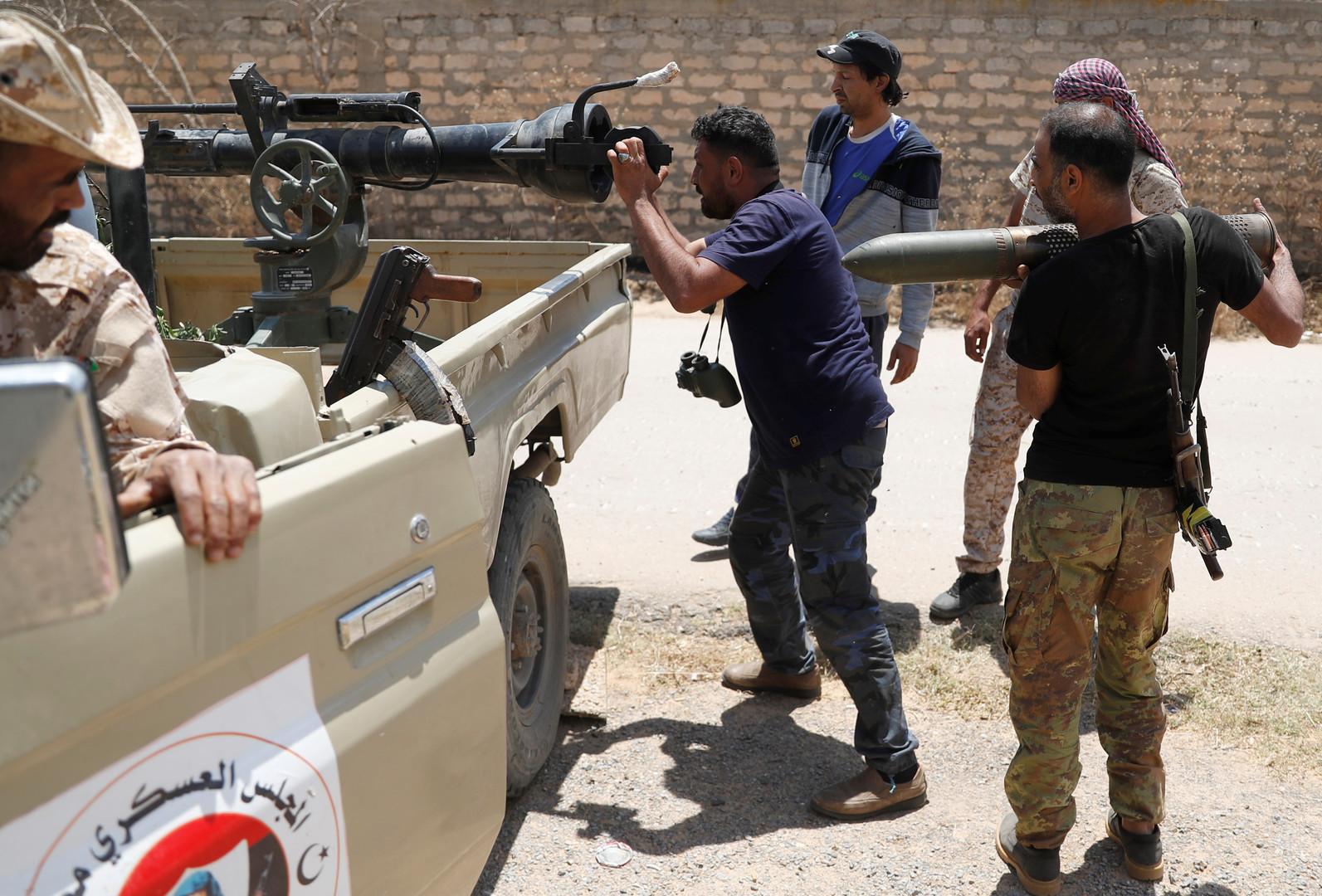 معركة طرابلس.. مقتل ضابط رفيع تابع للجيش الوطني