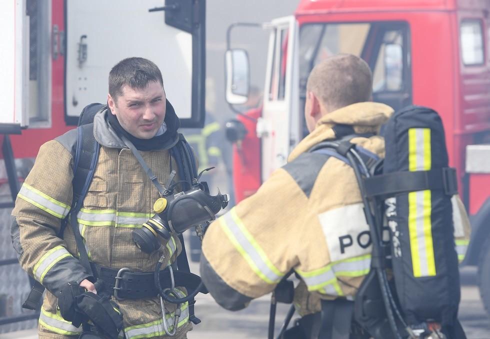 اندلاع حريق في مركز للأعمال في موسكو وإجلاء 700 شخص
