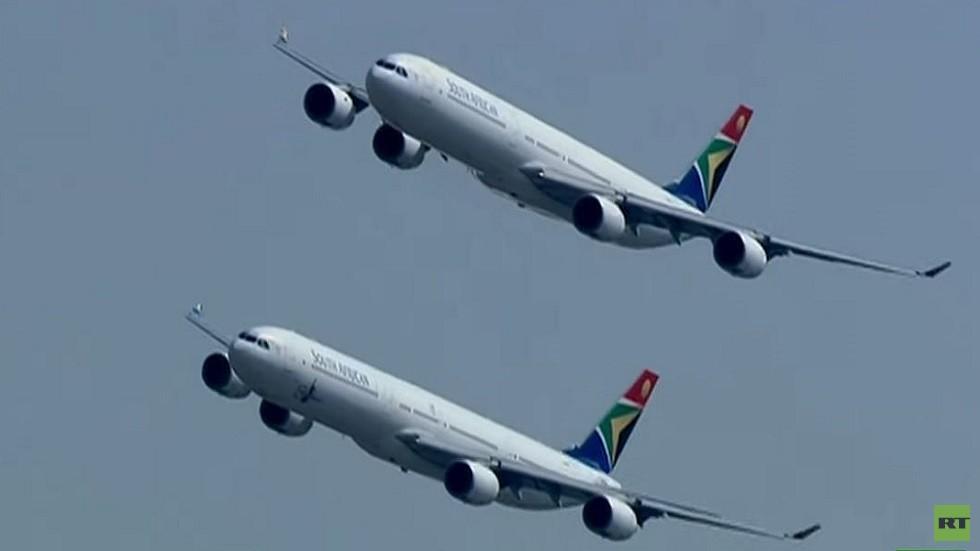 طائرات إيرباص في سماء بريتوريا