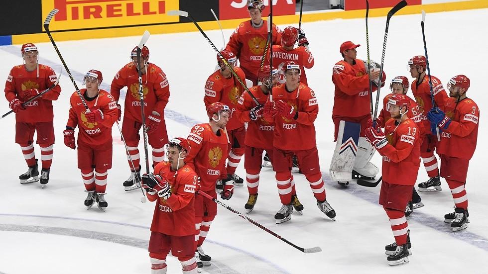 روسيا تخسر أمام فنلندا في نصف نهائي بطولة العالم للهوكي (فيديو)