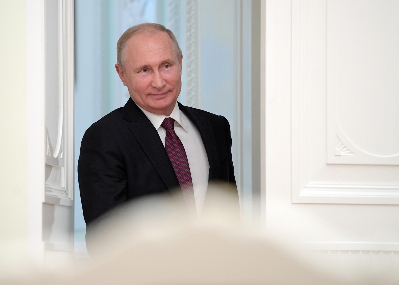 بوتين يهنئ زعماء إفريقيا بعيد القارة السمراء