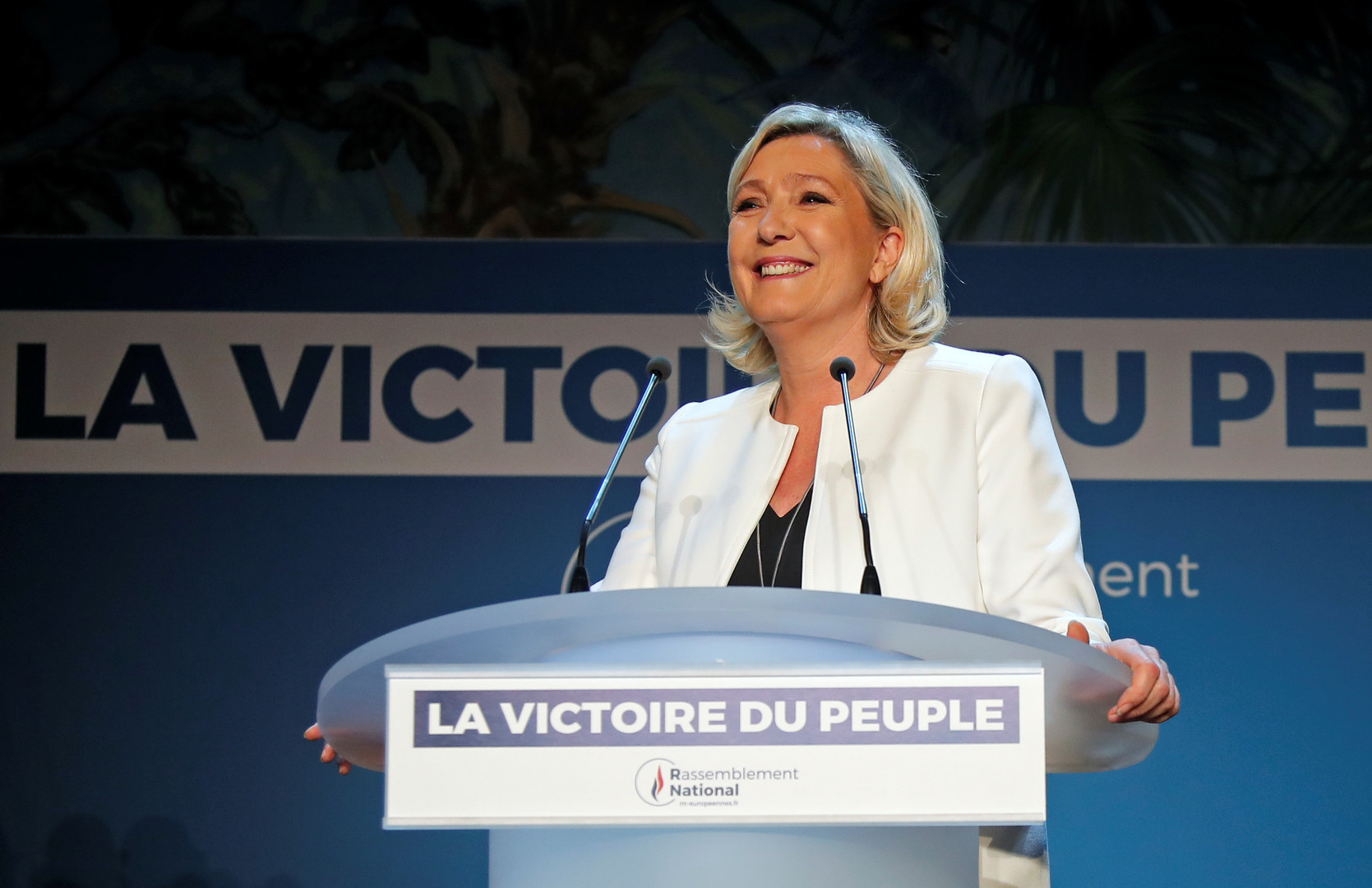 """مارين لوبان، زعيمة حزب """"التجمع الوطني"""" اليميني المتطرف الفرنسي (الجبهة الوطنية سابقا)"""