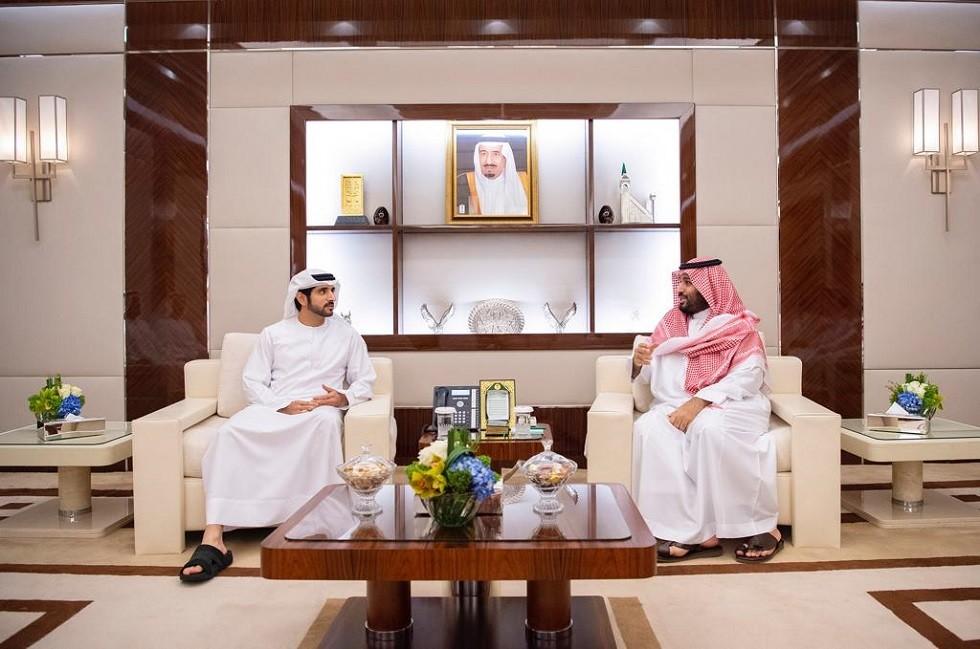 ولي العهد السعودي يستقبل ولي عهد دبي في جدة