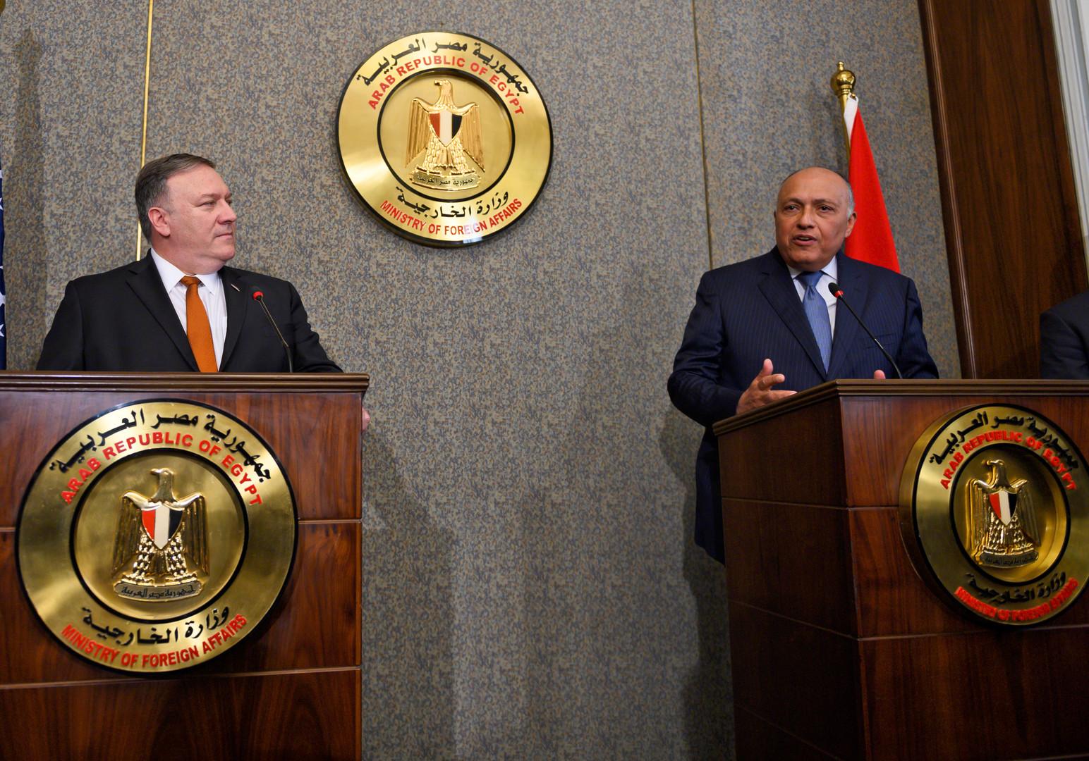 وزير الخارجية المصري، سامح شكري، ونظيره الأمريكي، مايك بومبيو، خلال لقائهما في القاهرة يوم 10 يناير 2019