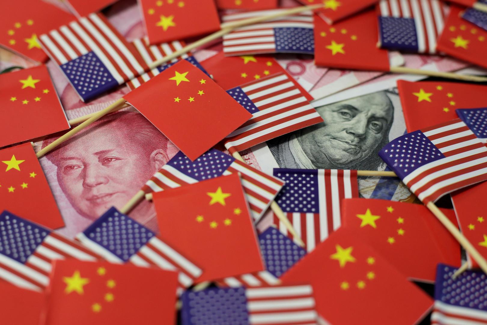 واشنطن: الصين لا تتلاعب بعملتها