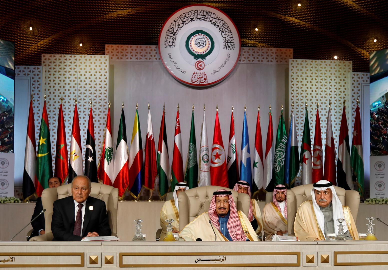 العساف: دول الخليج لديها رغبة في التعاون مع إيران إذا ما كفت عن دعم الإرهاب