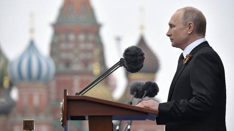 A German reporter is surprised by Putin's speech on Victory Day