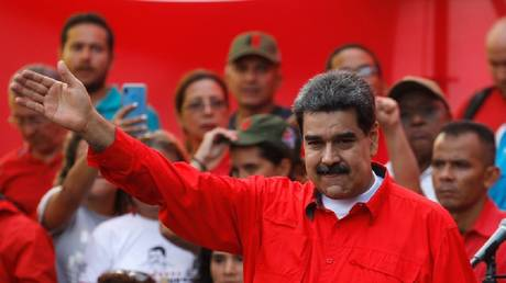 Maduro explains how his forces expelled an American ship from the coast of Venezuela
