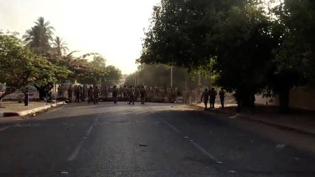 the sputnik reporter in sudan was beaten by the military police