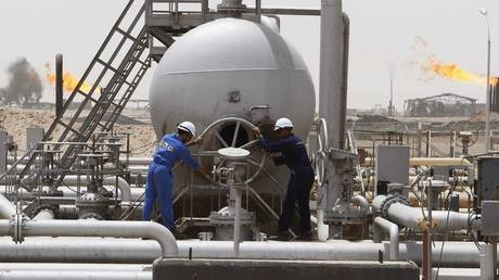 ExxonMobil unveils its employees from an oil field in Iraq