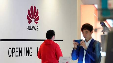 """huawei responded to the """"ban"""" android"""
