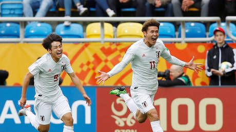 Japan beat Mexico 3-0 in the World Cup