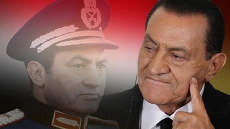 Egyptian thinker recalls the positions of Mubarak and Sisi