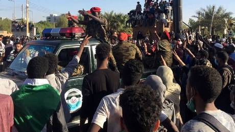 Sudanese armed forces arrest one of their members accused of killing pregnant woman