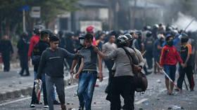 مقتل 6 أشخاص وجرح 200 باحتجاجات في جاكارتا بعد إعلان نتائج الانتخابات