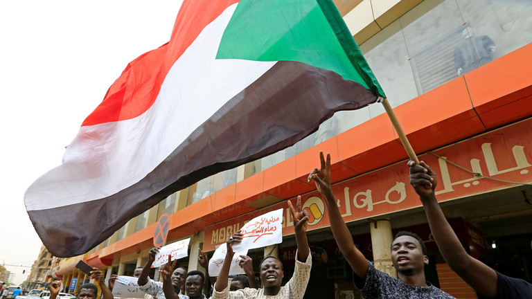 انقطاع خطوط الإنترنت الأرضية في السودان