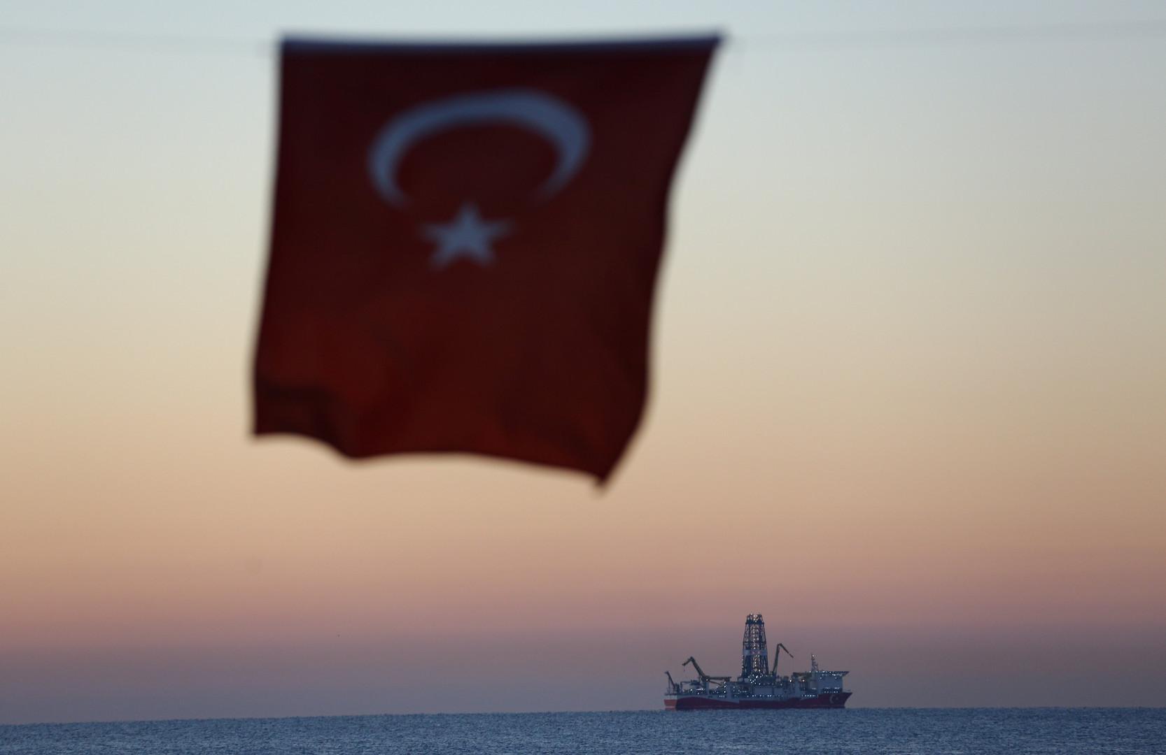 تركيا تعليقا على التوتر شرق المتوسط: ثمة أطراف لها حسابات قذرة وعليها التراجع عن جنونها