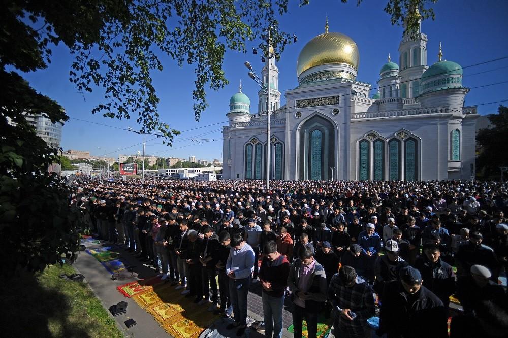 المسلمون في موسكو يحتفلون بعيد الفطر يوم 18 يونيو 2018