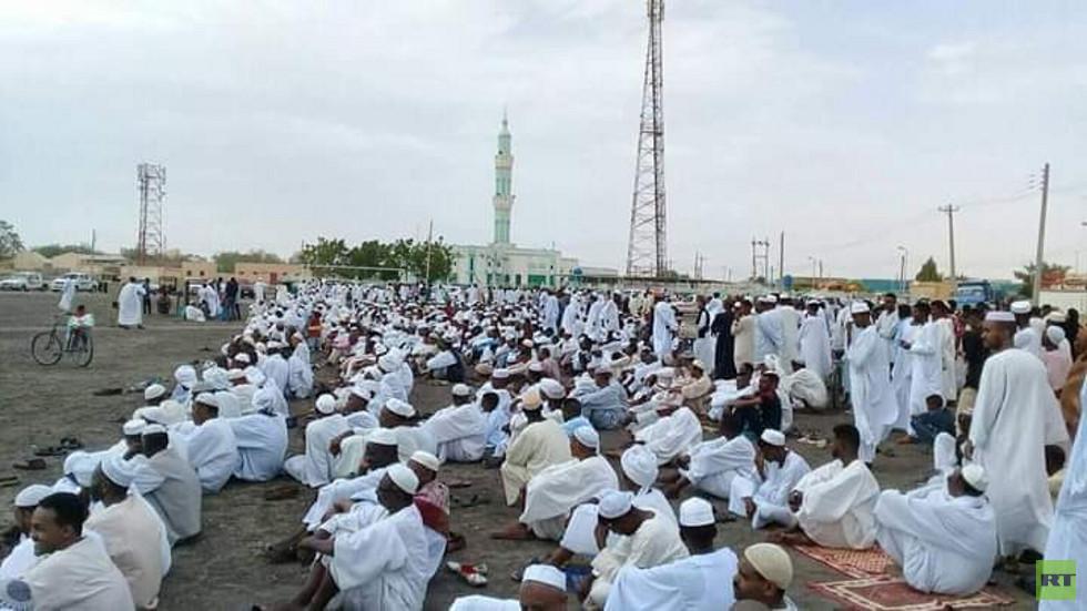 مظاهرات في السودان بعد صلاة العيد تطالب بإسقاط المجلس العسكري