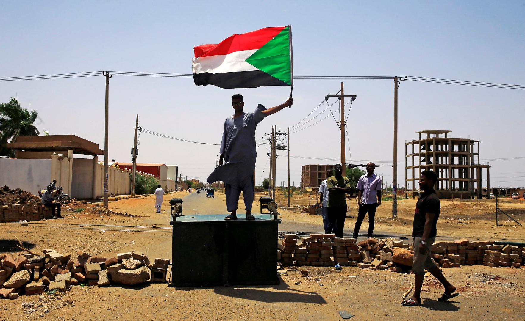 لجنة أطباء السودان: ارتفاع عدد ضحايا فض الاعتصام أمام مقر قيادة الجيش إلى 101 قتيل
