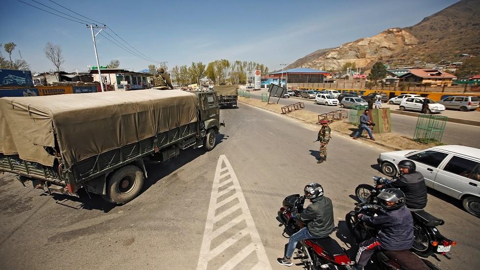 قوات من الجيش الهندي في سريناجار كشمير