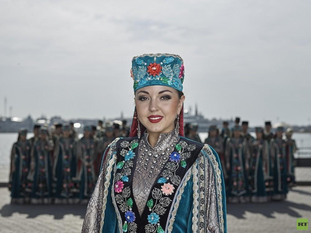 فرقة جمهورية تترستان للغناء والرقص – عراقة الفن التتري الأصيل