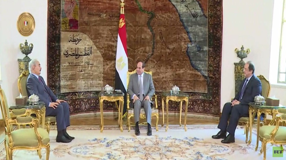 القاهرة : ندعم مكافحة الإرهاب في ليبيا