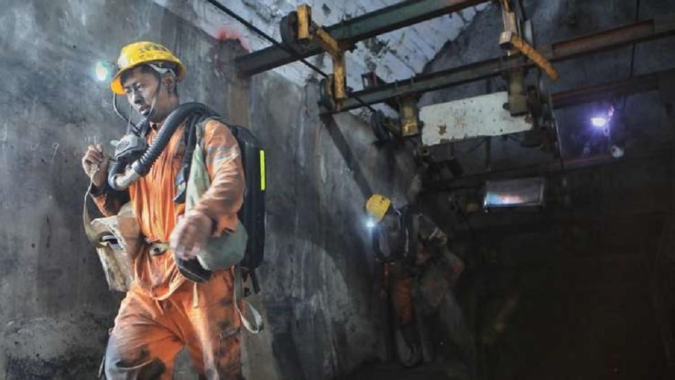 مصرع 9 عمال بانفجار في منجم فحم بالصين