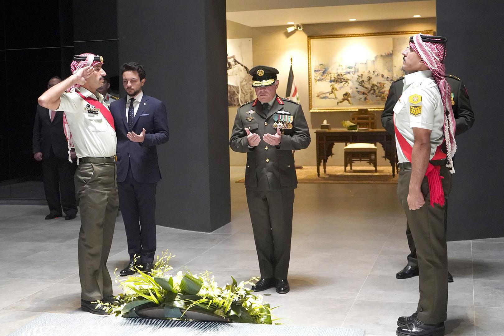 الملك عبد الله الثاني يهنئ شعبه بذكرى الثورة العربية الكبرى