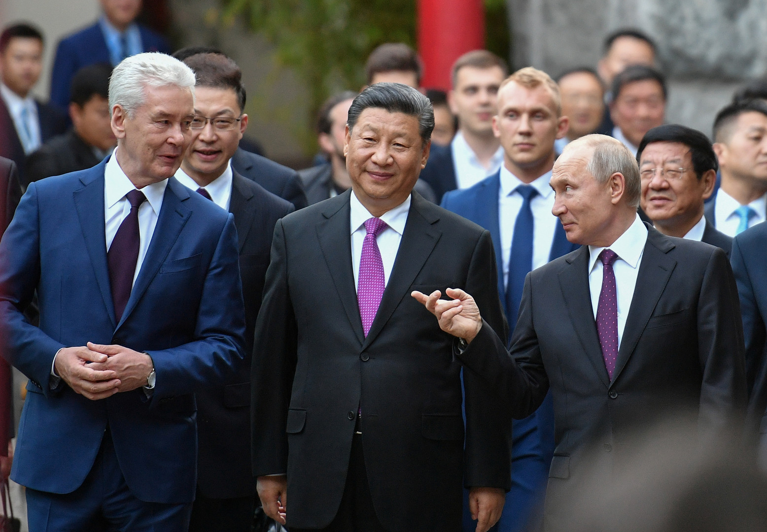 روسيا والصين صديقتان خارج إرادتهما