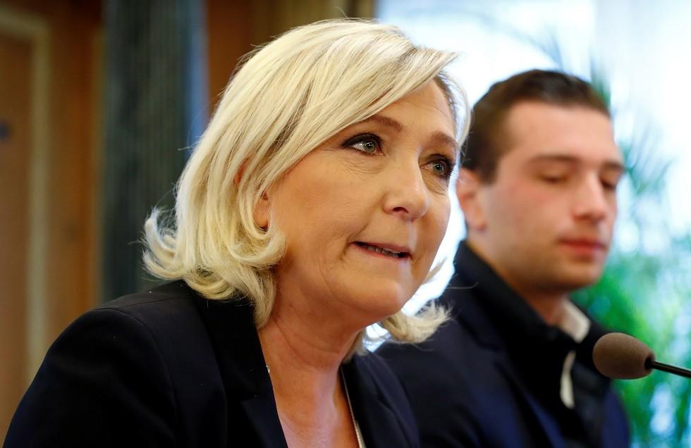 زعيمة حزب التجمع الوطني مارين لوبان
