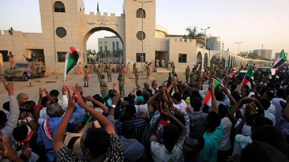 السودان.. أنباء عن إحباط محاولة انقلاب على المجلس العسكري