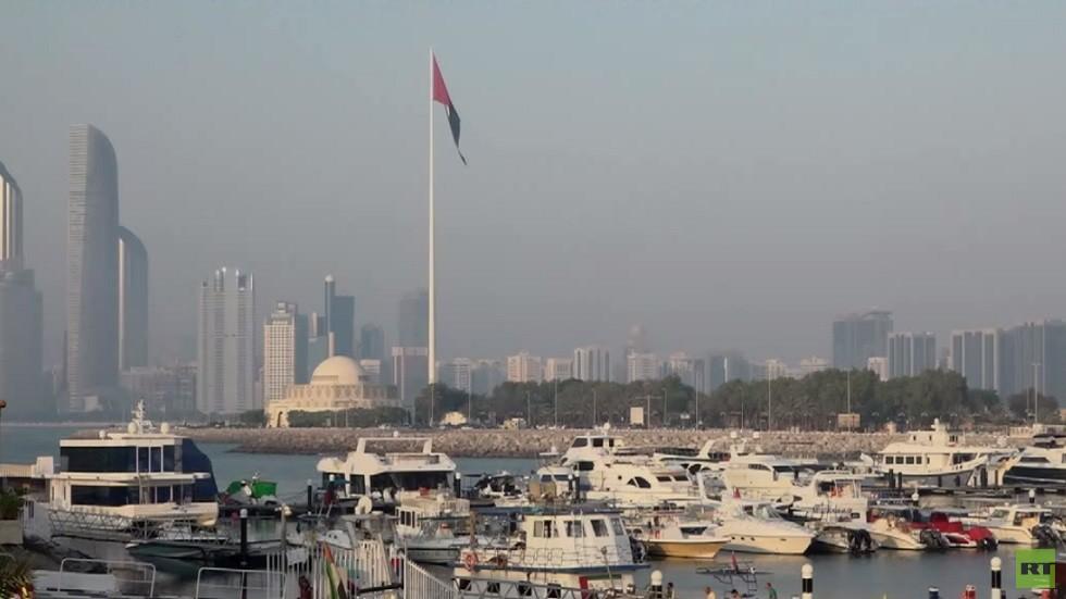 الإمارات: نتواصل مع طرفي النزاع بالسودان