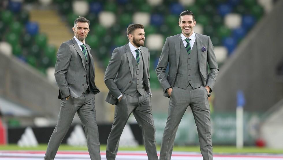 قائد إيرلندا الشمالية يعتزل كرة القدم