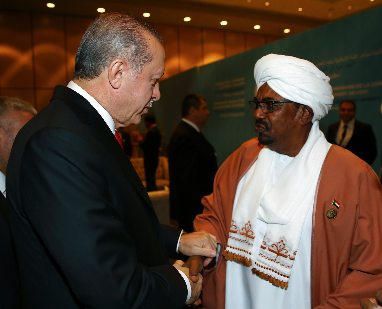 موقع إخباري تركي: كيف تفوقت السعودية على تركيا في السودان؟