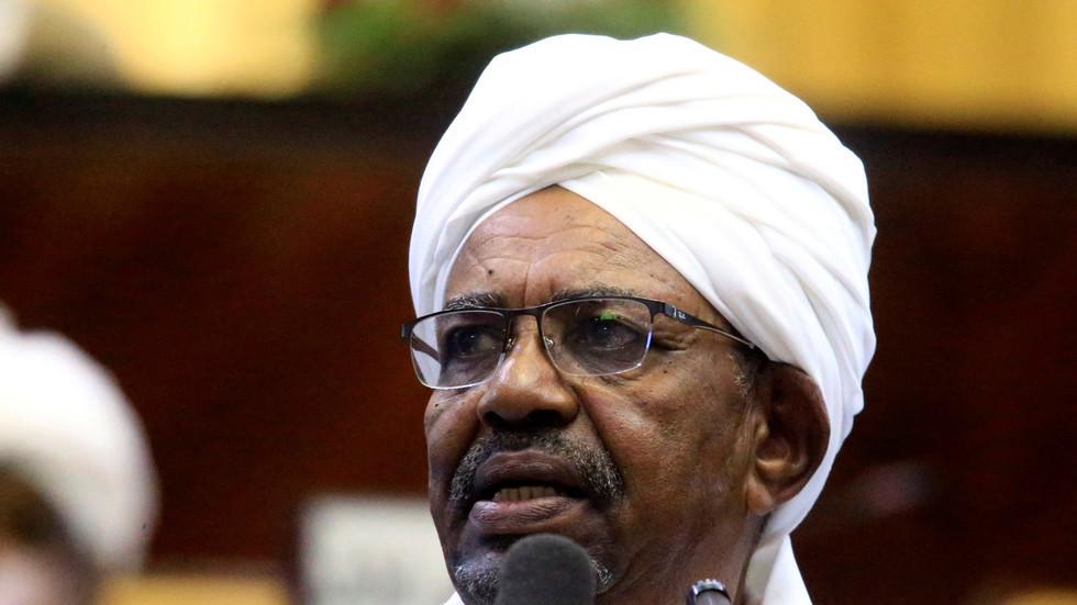 الرئيس السوداني المعزول، عمر البشير (صورة أرشيفية)