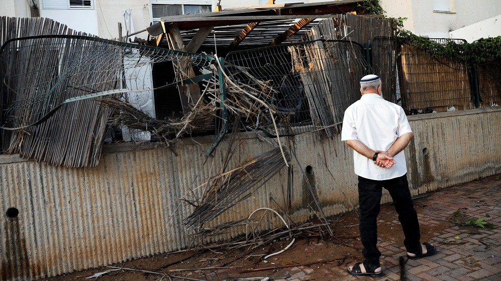 وسائل إعلام إسرائيلية: إصابة مبنى في سديروت بصاروخ