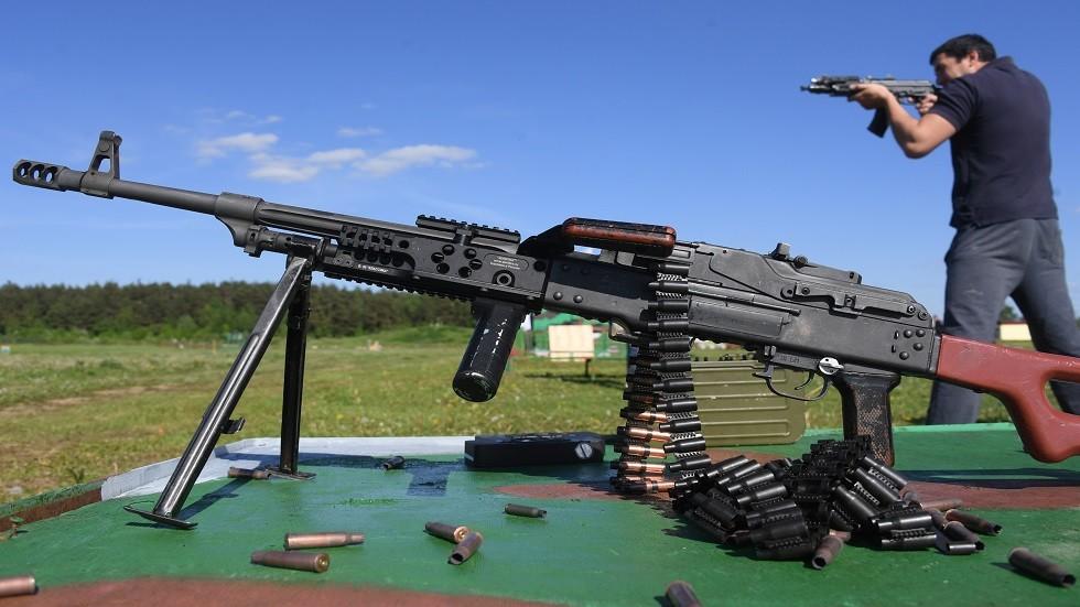 الروس يصنعون قطع غيار الأسلحة من بلاستيك فائق المتانة