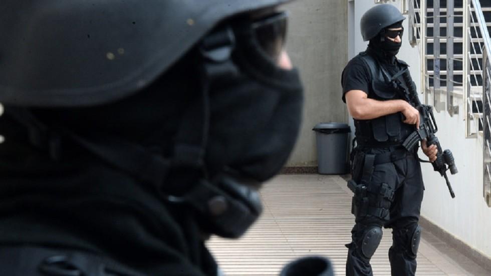عنصران من الشرطة المغربية - أرشيف -