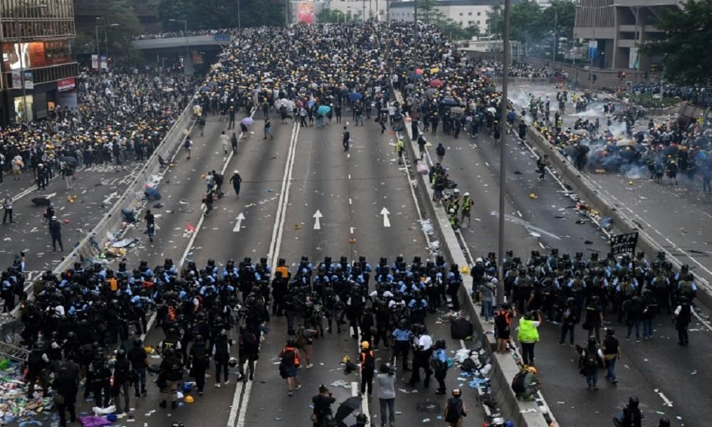 الإعلام الصيني ينتقد التدخل الخارجي في شؤون هونغ كونغ